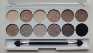 MUA-Undress-Me-Too-Eyeshadow-Palette-Close-Up